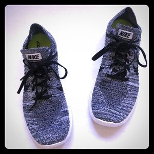 Nike Men's Free Flexible Fly knit Free Natural Run